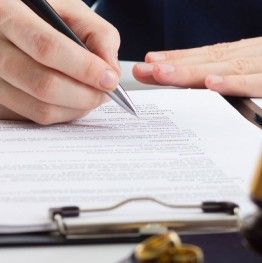 Услуги адвоката по разводу, разделу имущества, установления отцовства, взысканию алиментов